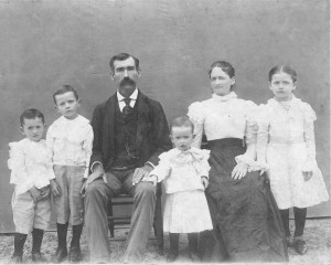 Samuel Ebenezer Carruth Family circa 1900